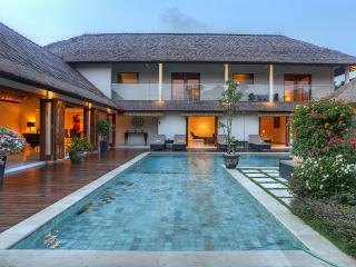 Luxury 5 Bedroom Villa at Seminyak Beach - Seminyak vacation rentals