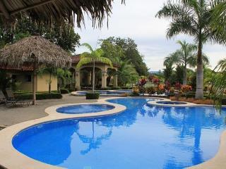 EcoVida Casa Amarilla -Costa del Sol, Playa Bejuco - Playa Bejuco vacation rentals