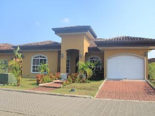 EcoVida Casa Cama in Costa del Sol, Playa Bejuco - Playa Bejuco vacation rentals