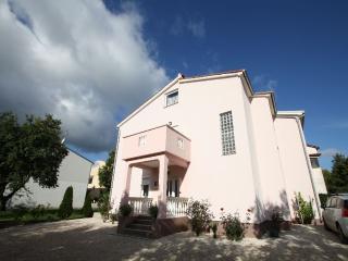 Nice 1 bedroom Condo in Funtana - Funtana vacation rentals