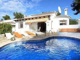VILLA HAMOR: 800m to sandbeach and restaurants - Moraira vacation rentals