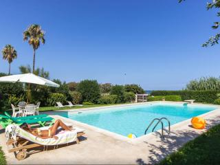 Seafront Villa with pool - Syracuse vacation rentals