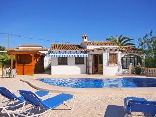 Villa Toni -  Walking distance sandbeach with air conditioner. - Calpe vacation rentals