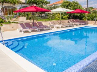 2 bedroom Apartment with Internet Access in Seget Donji-Vranjic - Seget Donji-Vranjic vacation rentals