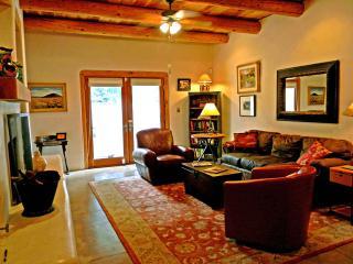Adobe de Dolan - New Mexico vacation rentals
