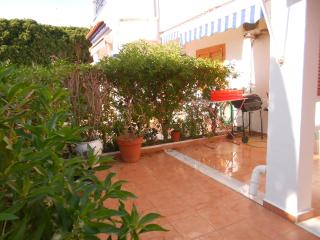 Canela House: with comunnity pool and next beach - Torrevieja vacation rentals