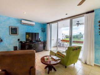 La Casita de Stephanie (8230) - Footsteps to Best Beach! Free Wi-fi! Free Calls to USA, MX&Canada! - Cozumel vacation rentals