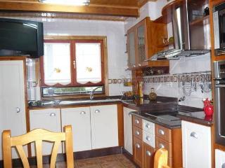 4 bedroom Chalet with Deck in Pontevedra Province - Pontevedra Province vacation rentals