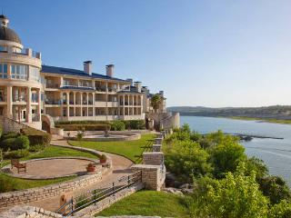 One bedroom Villa at the Island on Lake Travis. - Lago Vista vacation rentals