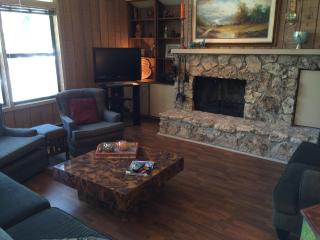 Beautiful Townhome in Flagstaff, AZ Country Club - Flagstaff vacation rentals