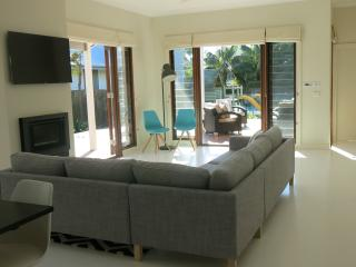 A Modern Beach House in Sydney's Northern Beaches - Collaroy Beach vacation rentals