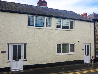 CURLEW, child-friendly, WiFi, pet-friendly cottage with enclosed garden, in Ruthin, Ref. 905850 - Flintshire vacation rentals