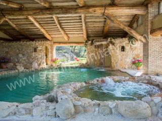 Charming 5 bedroom Guardea House with Deck - Guardea vacation rentals