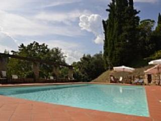 Casa Macaria B - Chiusi vacation rentals