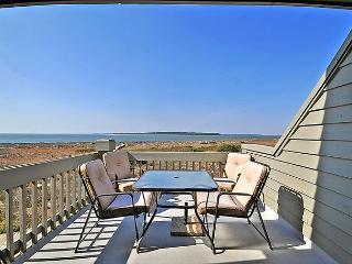 1 Bedroom, 2 Bath Second Floor Pelican Watch Villa - Seabrook Island vacation rentals