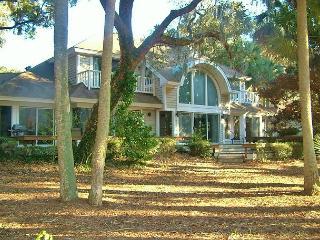 4 Bedroom, 3.5 Bath Home - Charleston Area vacation rentals