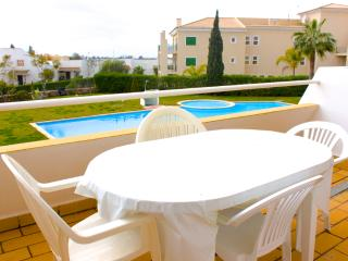 Tropicalia Duplex Apartment, Vilamoura, Algarve - Vilamoura vacation rentals