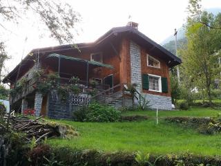 romantico chalet immerso nel verde del Monte Rosa - Macugnaga vacation rentals