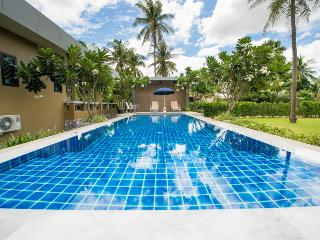 Villa Na Pran - Your private pool villa near beach - Pak Nam Pran vacation rentals