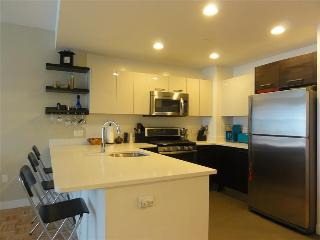 Pelican Residences Facing Manhattan Skyline: 1BR Furnished Apartment - Miami Beach vacation rentals