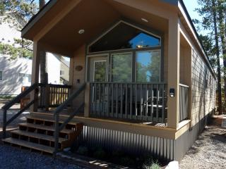 2 bedroom Cabin with Internet Access in West Yellowstone - West Yellowstone vacation rentals