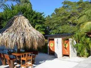 Wilson's Blue Lagoon - Bay Islands Honduras vacation rentals