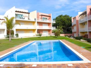 Marabi Brown Apartment, Vilamoura, Algarve - Vilamoura vacation rentals