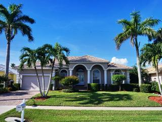 TO1120 - Marco Island vacation rentals