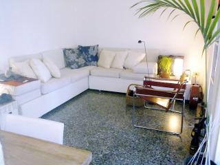 Giudecca Canal Green Apartment in Venice - Venice vacation rentals