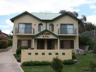 Cobb & Co 4 - Jindabyne vacation rentals