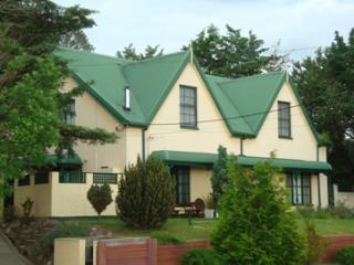 Bayview 2/27 Cobbon Crescent - Jindabyne vacation rentals