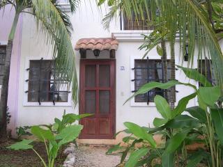 Bright 1 bedroom Condo in Tamarindo - Tamarindo vacation rentals