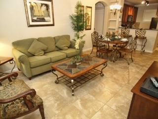 Ground Floor 4 Bedroom 3 Bathroom Condo Sleeps 10. 903CP-812 - Orlando vacation rentals