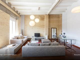 Bright, Central, & Fully equipped - Valencia vacation rentals