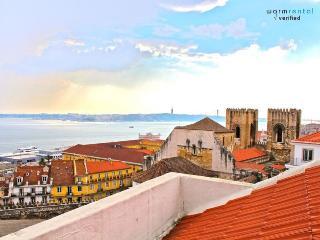 Brya Blue Apartment, Alfama, Lisbon - Palmul vacation rentals