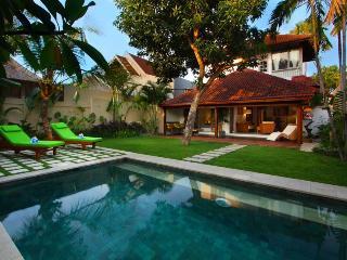 Delightful and Modern Villa Central Seminyak - Seminyak vacation rentals