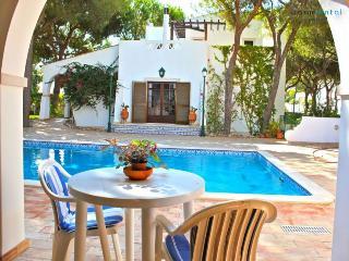 Ross Orange Apartment - Algarve vacation rentals