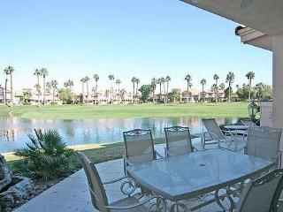 Palm Valley CC-(VZ093) Platinum Member! Large Floor Plan - Palm Desert vacation rentals
