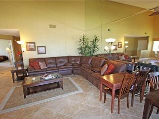 Sports Golf Membership! Nice Condo-Palm Valley CC (V3905) - Palm Desert vacation rentals