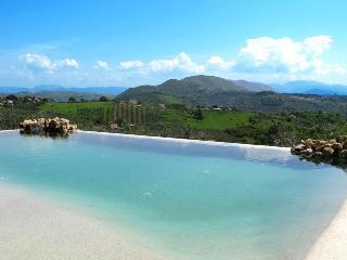Sabina swimming pool villa - Acquapendente vacation rentals