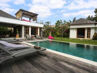 Villa Papat - Luxe - Kerobokan vacation rentals