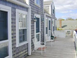 1 Bedroom 2 Bathroom Vacation Rental in Nantucket that sleeps 2 -(9855) - Nantucket vacation rentals
