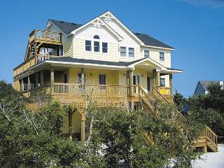Spacious 6 bedroom House in Avon with Internet Access - Avon vacation rentals