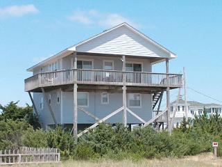 Spacious House with Internet Access and A/C - Salvo vacation rentals
