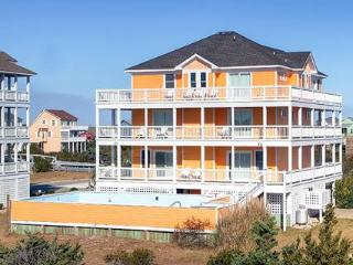 Bright 6 bedroom Hatteras Island House with Internet Access - Hatteras Island vacation rentals