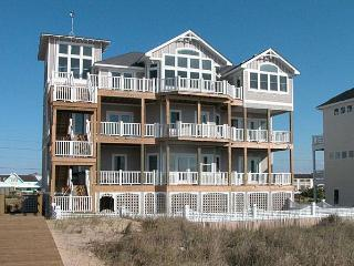 Perfect 7 bedroom Hatteras House with Internet Access - Hatteras vacation rentals