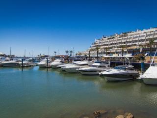 V4 Vilamoura BEACH MANSION WITH PRIVATE POOL - Vilamoura vacation rentals