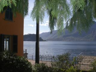 Varenna - Liberty  House lakefront - Fiumelatte vacation rentals
