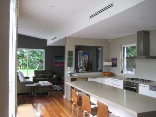 Gorgeous designer home - Bondi vacation rentals