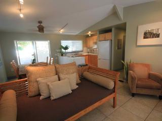 Papaya Cottage - 3br home, w/BBQ, kayak,across PCC - Laie vacation rentals